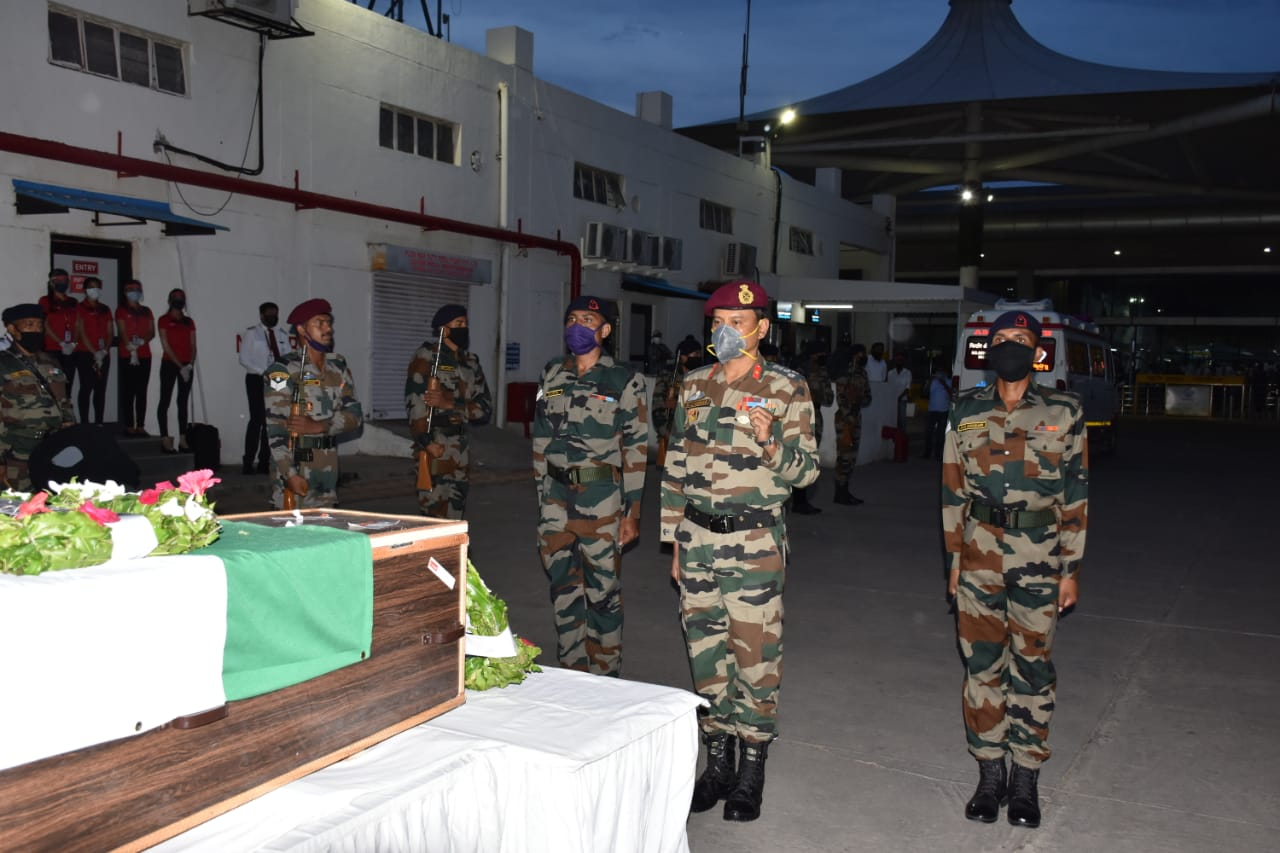 Indian Army bids adieu to our brave warrior