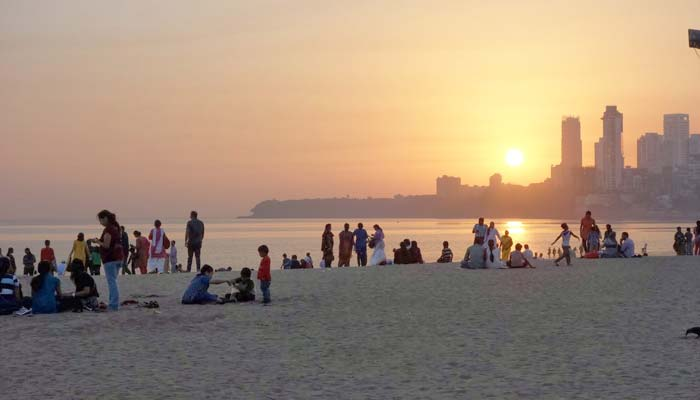 One of the best place to see Sunset view in Mumbai.