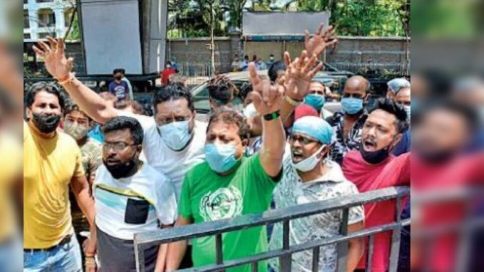 Can't politics take a back seat during Covid fight, ask experts | Kolkata News - Times of India