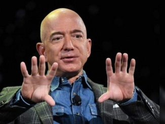 Amazon begins new chapter as Bezos hands over CEO role - Times of India