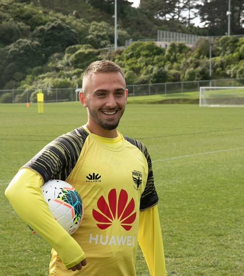 Reno Piscopo to play for Wellington Phoenix