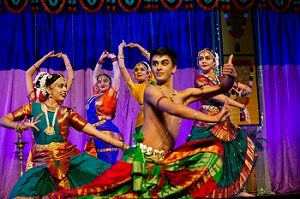 Andhra amazes with robust dance styles