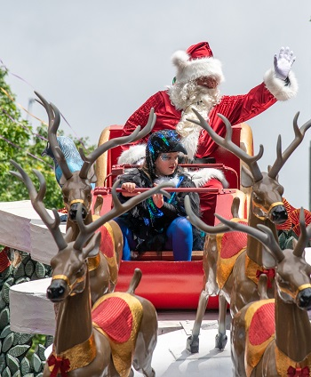 Santa takes the final ride on Queen Street