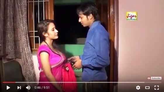 भाभी के आम दबा दिए Indian Desi Bhabhi Romance Hindi Hot SHort Film