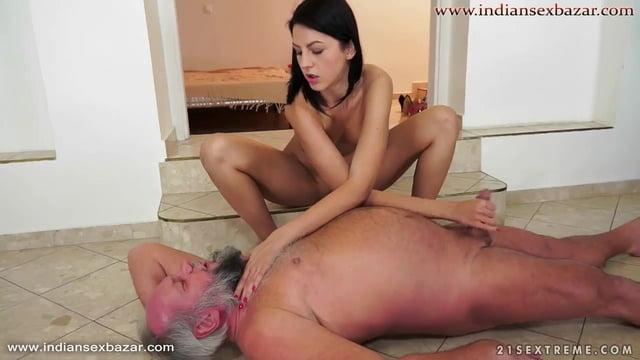 दादा जी का लोडा हिलाते हुए नंगी फोटोज Nude Images दादा ने पोती की चूत को चोदा big boobs Full HD Porn and Nude Images 6