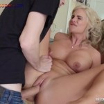 I fucked my stepmom while she was taking bathing I Suck my Stepmoms big boobs Blowjob Hot Mom Family fuck Romantic playing with tits Big Boobs Full HD Porn00065