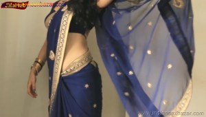 Indian Desi Housewife hot stripping Blue Saree Full Nude Full HD Porn Sexy Navel Gand Choot boobs00029
