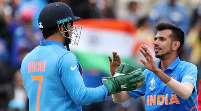 During the India vs South Africa World Cup match Dhoni was hailed by his fans on social media after the badge was spotted on his wicket-keeping gloves.