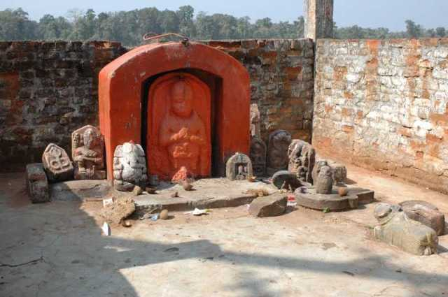 13_shrine-bajrangballi