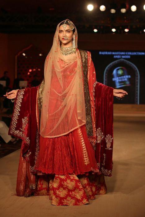 Beautiful Muslim Bride - IndianWeddingCards