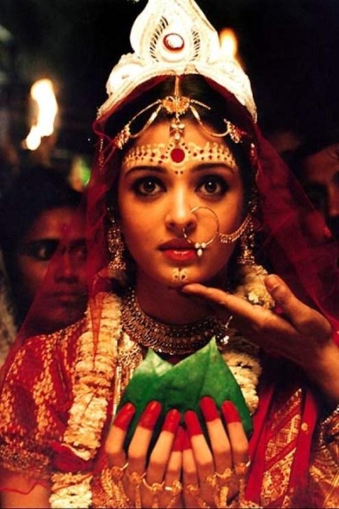 Beautiful Bengali Bride - IndianWeddingCards