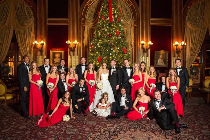 Christmas Wedding Colors.Christmas Inspired Wedding Ideas For Your Winter Wedding