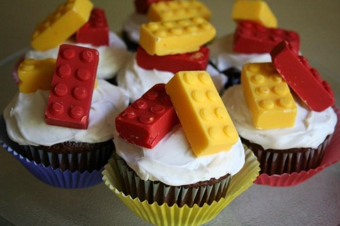 Lego wedding cupcake