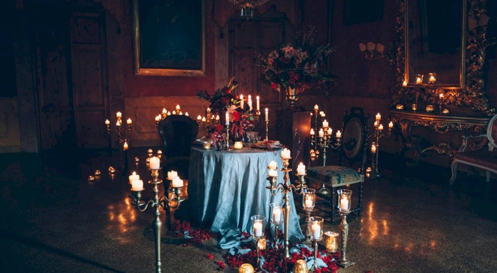 5 Halloween Wedding Ideas for your ceremony