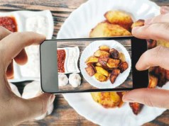 Now order food, book a table with Google Search