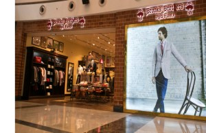 With the opening of this new store, Brooks Brothers now has total 7 mainline stores & 3 'Red Fleece by Brooks Brothers' stores in India