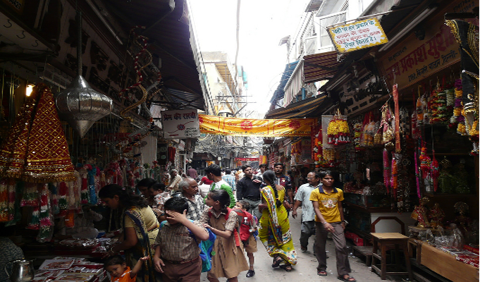 Demonetization continues to hurt Old Delhi traders