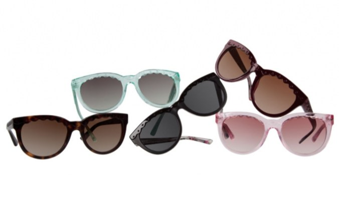 0b0cbb629d Luxottica for 46 bn euro merger with French lens maker Essilor ...