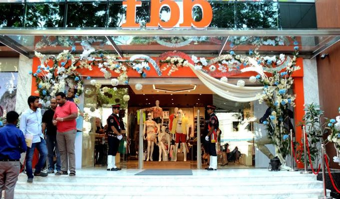In Pics: fbb launches iconic 25,000 sq.ft. store in Kolkata