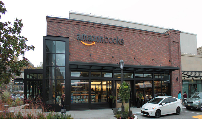 Amazon open brick-and-mortar bookstore in New York