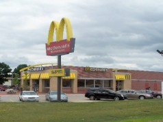 McDonald's to hire US workers via Snapchat too