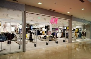 H&M plans to expand retail presence; hire 800 people in 2018