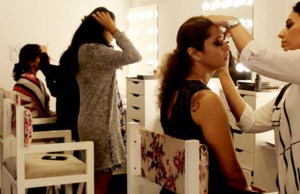 GlossNGlass Academy for detailed courses in hair and make-up