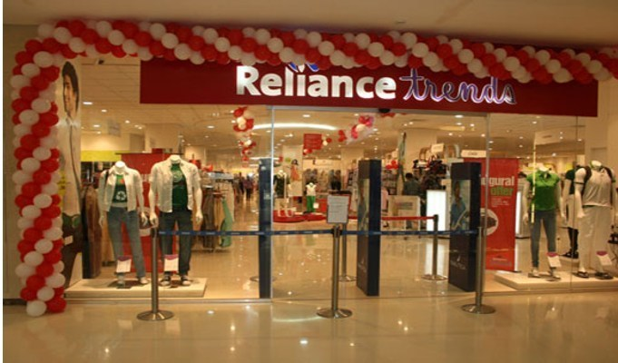 Reliance Brands buys additional 12.56 pc stake in Genesis Colors for Rs 53 crore