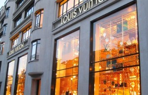 LVMH to make hand sanitizers to fight coronavirus