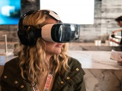 Consumers enjoy online shopping via AR/VR, 3D content: Report