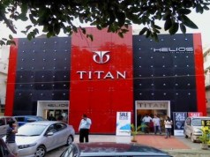 Titan's net profit falls 38 pc to Rs 199 cr in Sept quarter
