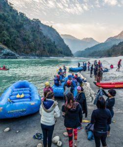 Ganga _river runners Pilgrimage