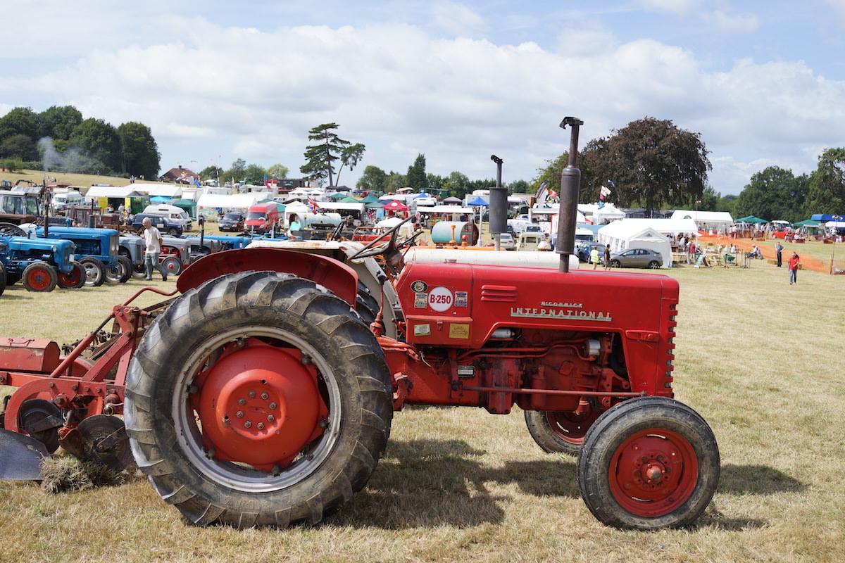 International-Harvestor B-250 Tractor
