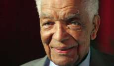 Earl Cameron, Trailblazing 'Thunderball' and 'Doctor Who' Actor, Dies at 102