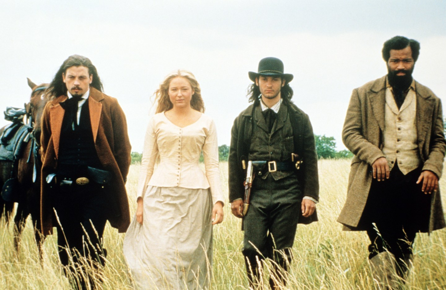 RIDE WITH THE DEVIL, from left: Skeet Ulrich, Jewel, Tobey Maguire, Jeffrey Wright, 1999, © USA Films/courtesy Everett Collection