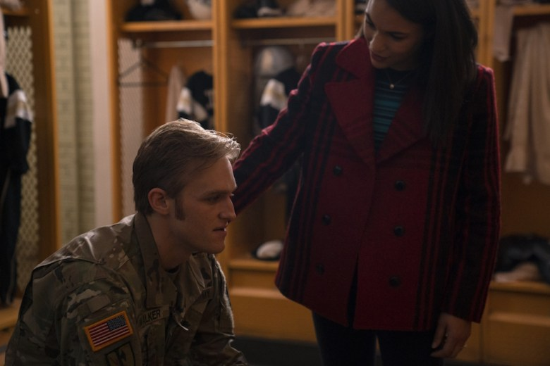"""Wyatt Russell en """"El halcón y el soldado de invierno"""" Disney +"""