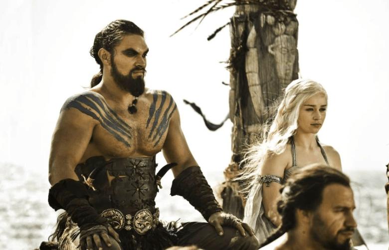 "Jason Momoa and Emilia Clarke, ""The iron Throne"""
