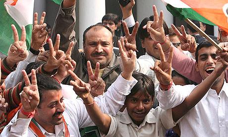 Elezioni indiane: il voto degli indiani premia il Congresso. Segnali positivi dal Pakistan