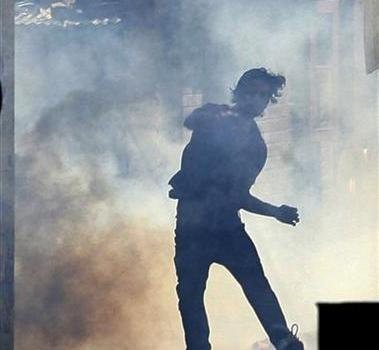 Kashmir: New Delhi nomina il comitato fantoccio per ridurre le tensioni