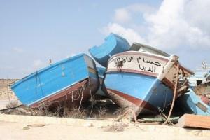 Relitti nel 'cimitero delle barche' di Lampedusa