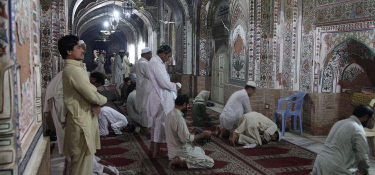 Da Eastwest. Ancora attentati in Pakistan, Islamabad chiude il confine
