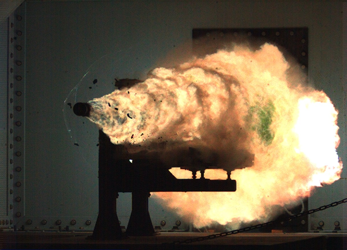 Indian Scientists at DRDO Successfully Fired Electromagnetic Railgun (Mach 6) Test Shot