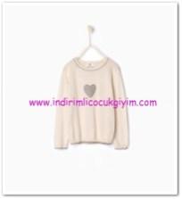 Zara kız çocuk kalp desenli kum rengi kazak-66 TL