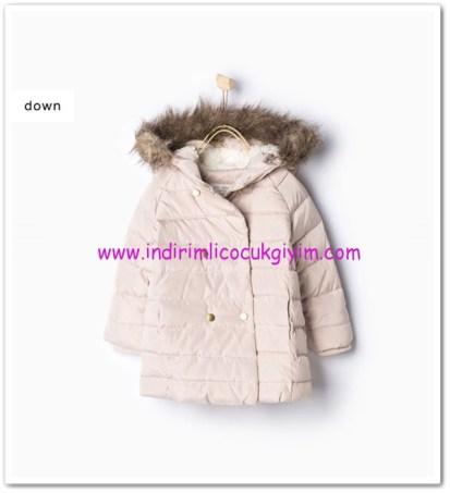 Zara kız bebek kum rengi kapşonlu anorak-140 TL