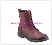 FLO kız çocuk bordo çizme-70 TL