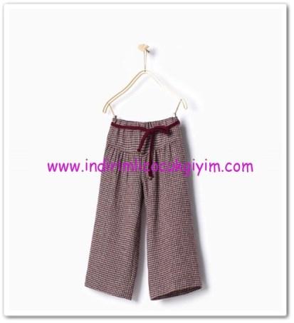 Zara kız çocuk bordo kısa paçalı pantolon-40 TL