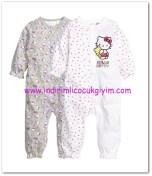 H&M kız bebek hello kitty baskılı 2 li pijama-50 TL