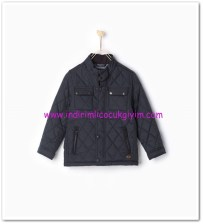 Zara erkek çocuk lacivert kapitone ceket-110 TL