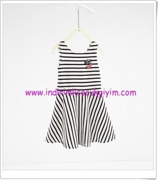 Zara kız çocuk çizgili elbise-50 TL