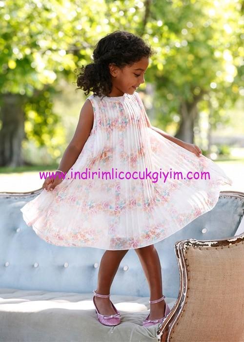 Bonprix kız çocuk beyaz çiçek desenli piliseli elbise